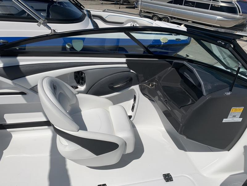 2016 Monterey Boats 197 FS  located in Rockledge