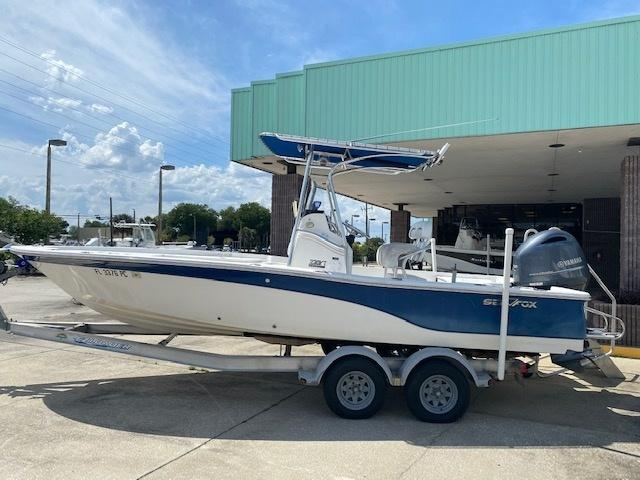 2011 Sea Fox Boat Company 220XT  located in New Smyrna Beach