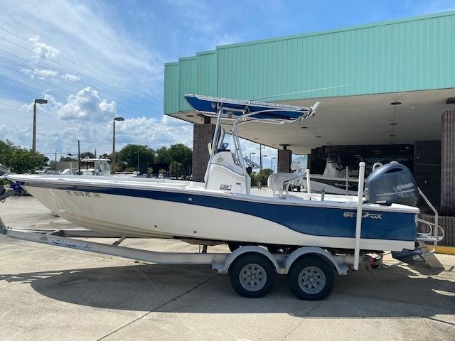 2011 Sea Fox Boat Company 220XT  located in New Smyrna Beach