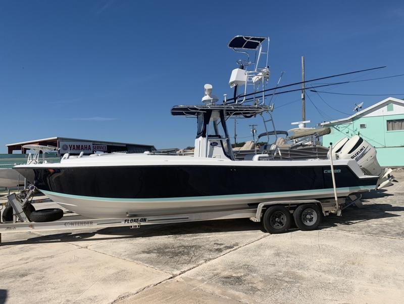 2001 Contender 27 Cuddy  located in Rockledge
