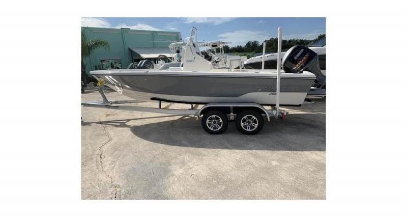 2020 Pathfinder 2005 TRS  located in New Smyrna Beach