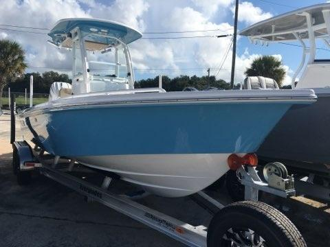 2022 Everglades Boats 243cc  located in Rockledge