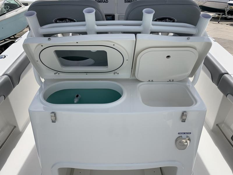 2021 NauticStar Boats 28 XS  located in New Smyrna Beach