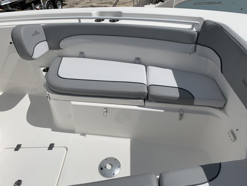 2021 NauticStar Boats 28 XS  located in Rockledge