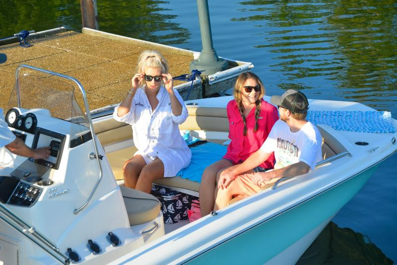 2021 NauticStar Boats 211 Hybrid  located in Rockledge