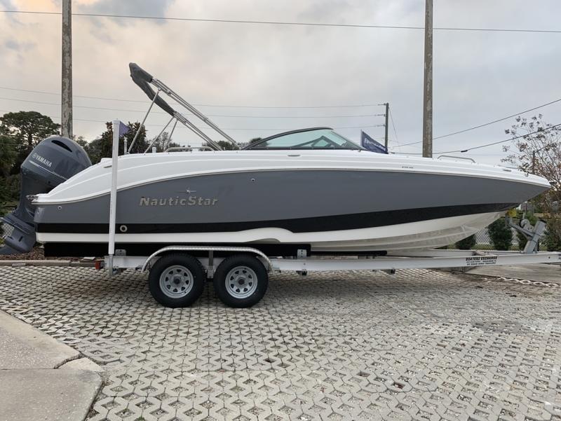 2021 NauticStar Boats 243 DC Deck  located in New Smyrna Beach