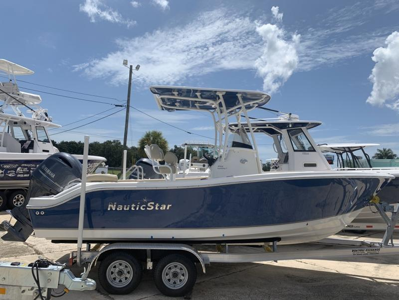 2021 NauticStar Boats 2102 Legacy  located in Rockledge
