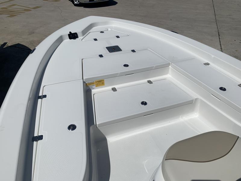 2021 NauticStar Boats 227 XTS  located in New Smyrna Beach