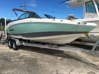 2022 NauticStar Boats 223 DC Deck  located in Rockledge