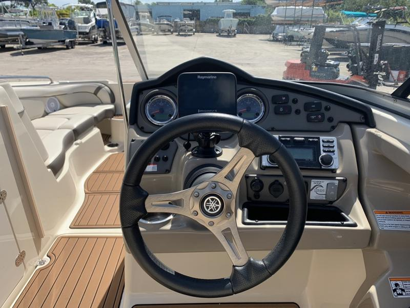 2014 Yamaha 242 LTD  located in Rockledge