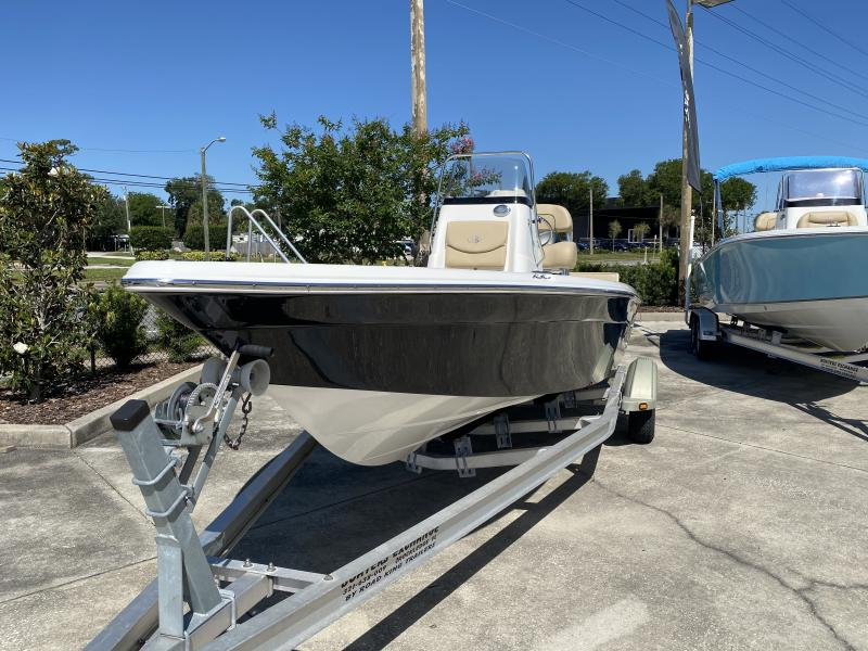 2020 NauticStar Boats 2140 Sport SB  located in New Smyrna Beach