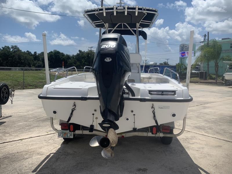 2008 Boston Whaler Dauntless 200  located in Rockledge
