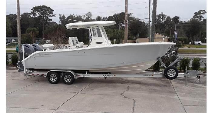 2020 Cobia Boats 280 CC  located in Rockledge