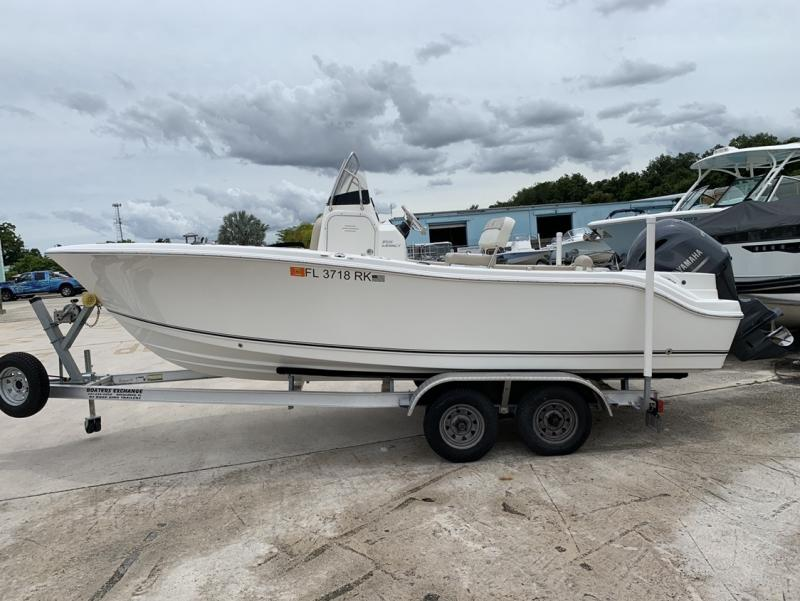 2017 NauticStar Boats 2102 Legacy  located in Rockledge