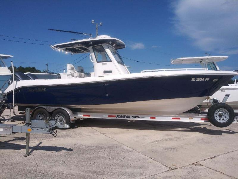 2012 Everglades Boats 295CC  located in Rockledge