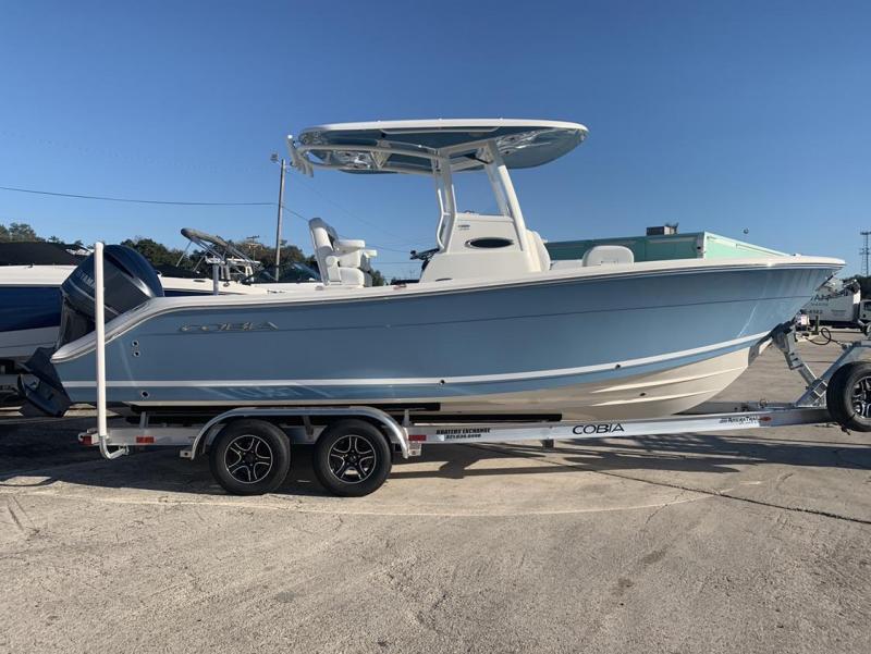 2021 Cobia Boats 240 Center Console  located in New Smyrna Beach