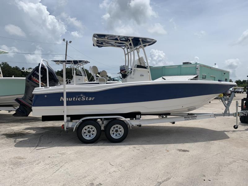 2021 NauticStar Boats 231 Hybrid  located in New Smyrna Beach