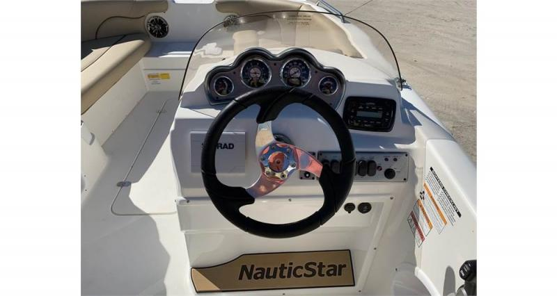 2020 NauticStar Boats 203 SC Deck  located in New Smyrna Beach