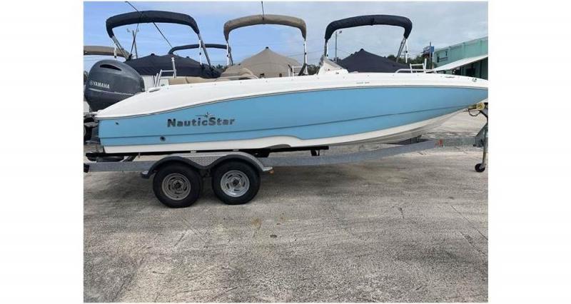 2020 NauticStar Boats 203 SC Deck  located in New Smyrna Beach
