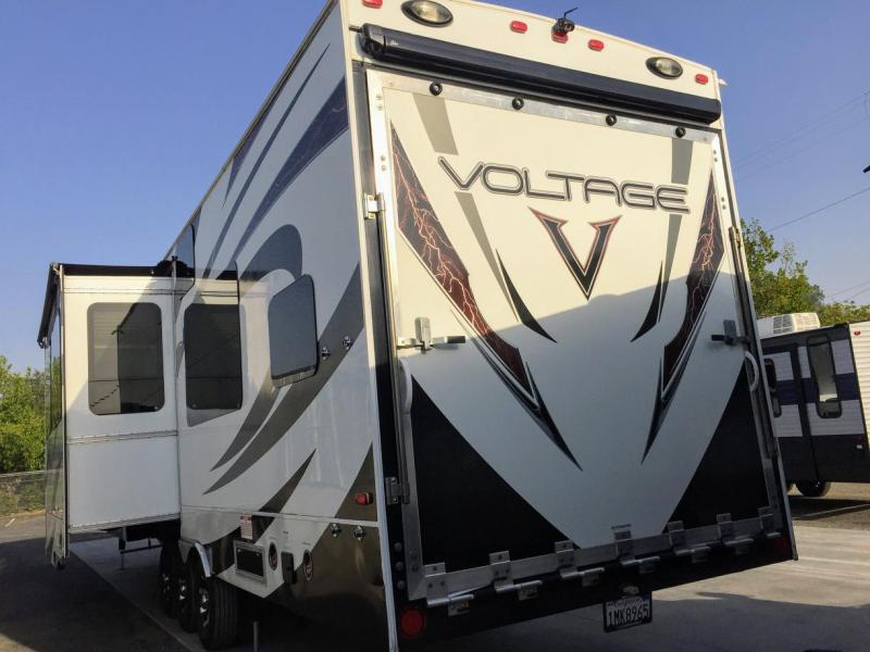 2013 Dutchmen Voltage V3800