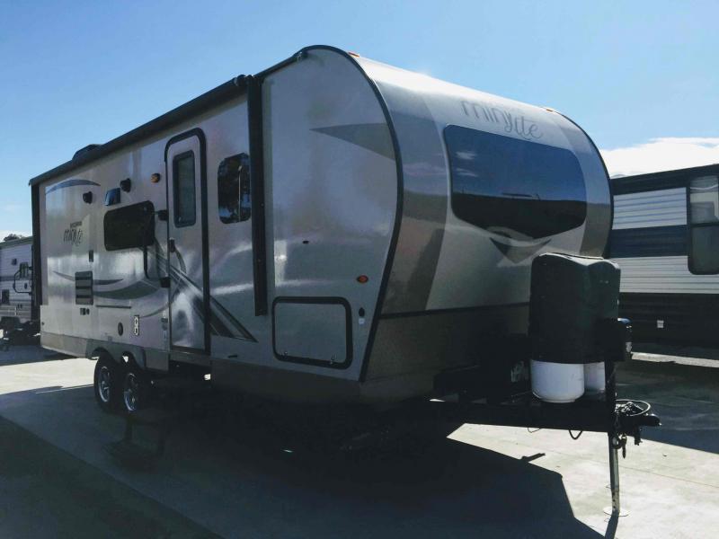 2018 Forest River Rockwood Mini Lite 2504S Travel Trailer RV