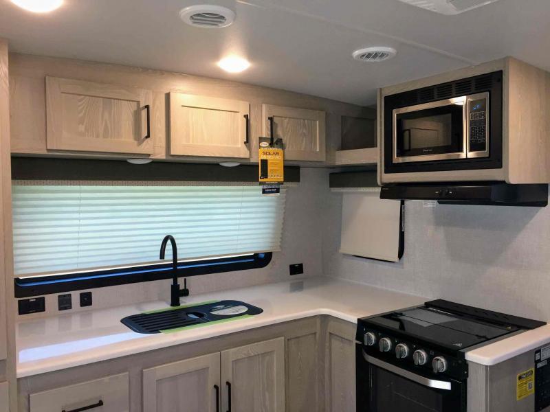 2021 Forest River, Inc. Rockwood Mini Lite 2516s Travel Trailer RV