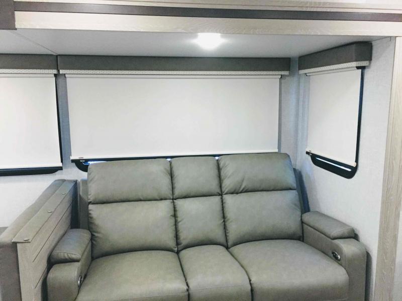 2021 Forest River Rockwood Ultra Lite 2906BS Travel Trailer RV