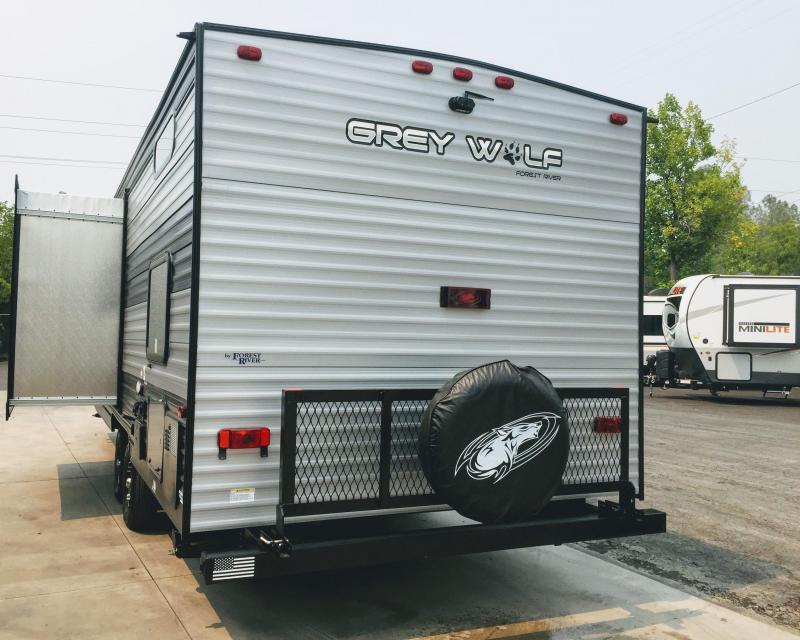 2022 Forest River Cherokee Grey Wolf 23DBH Travel Trailer RV