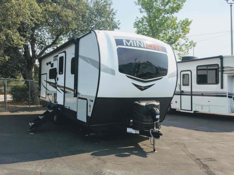 2021 Forest River Rockwood Mini Lite 2513S Travel Trailer RV