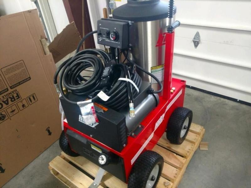 2019 Hotsy Fuel Oil Heated & Electric Powered 700 Series & 895SS