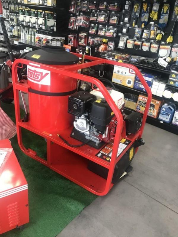 2018 Hotsy Fuel Oil Heated & Gasoline Powered Gas Engine, Belt Drive