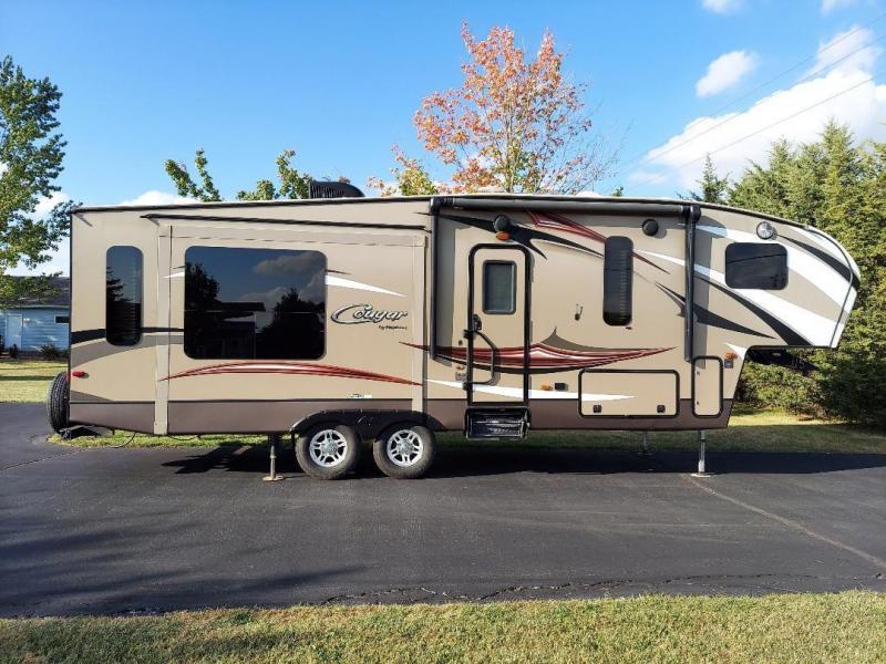 2015 Keystone RV Cougar X-Lite 28SGS Fifth Wheel Campers RV