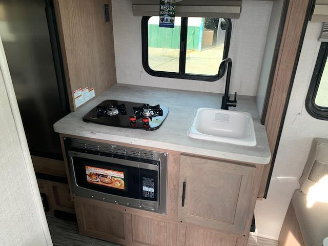 2020 Forest River Inc. NO-BOUNDARIES 16.2 Travel Trailer