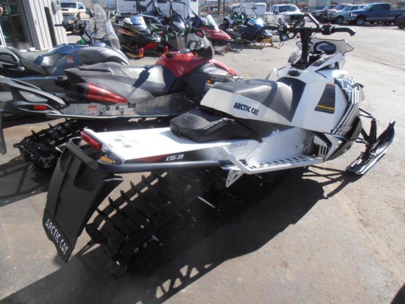 2014 ARCTIC CAT M8 LIMITED ES 153 (Demo Snowmobile)