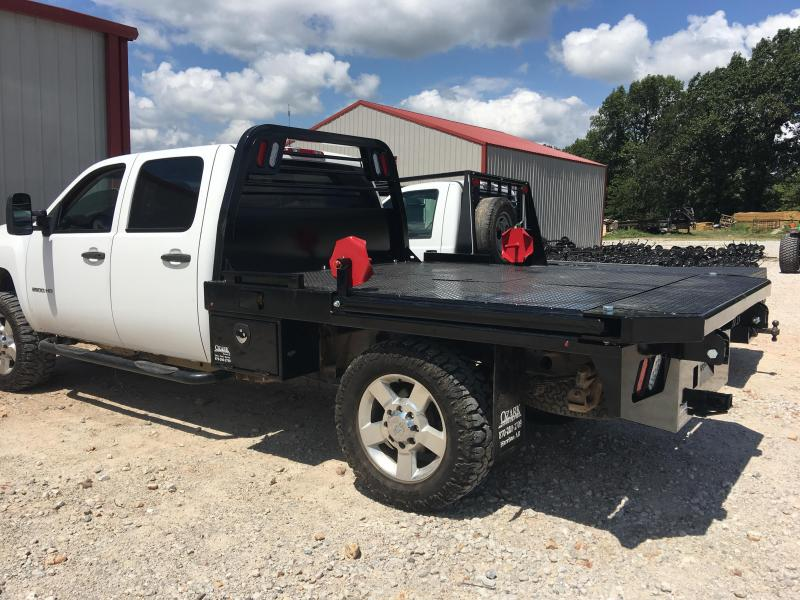 Crownline Squeeze Arm Bed Single Rear Wheel