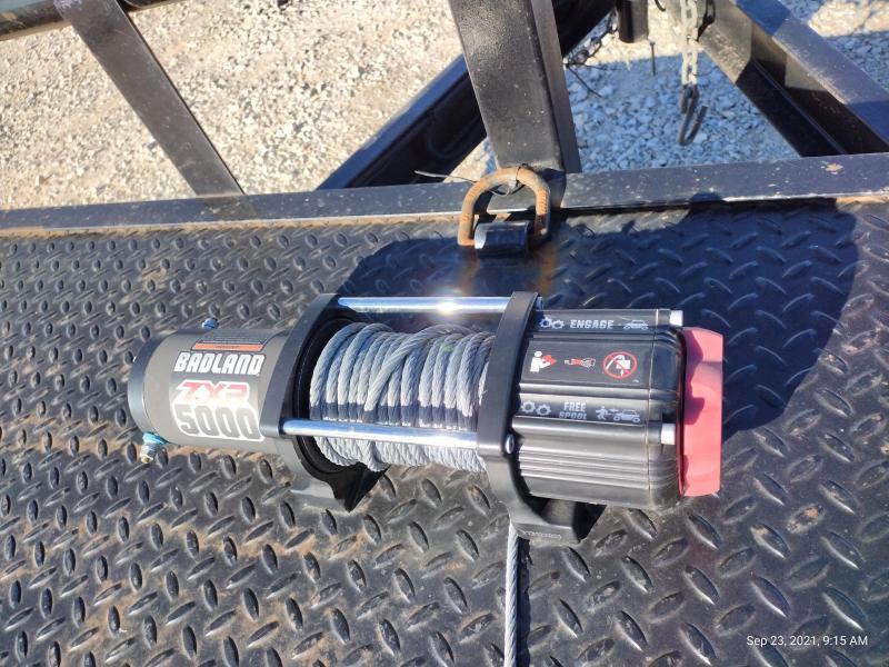 2020 Ozark Trailer Mfg USED 82x24 10k Equipment Equipment Trailer