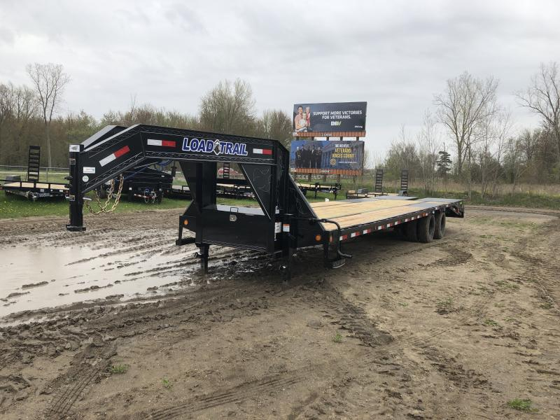 Load Trail 28ft Low Profile Deckover 22K Gooseneck Equipment Flatbed Trailer W/ Max Ramps