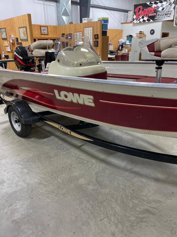 2002 Lowe FM165 Fishing Boat