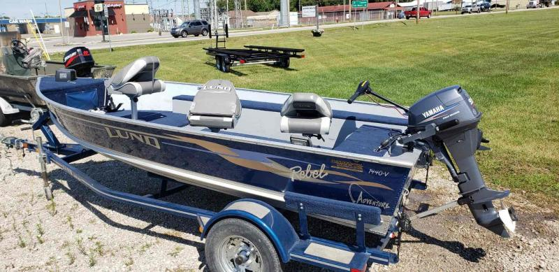 2004 Lund REBEL 1440V ADVENTURE Fishing Boat