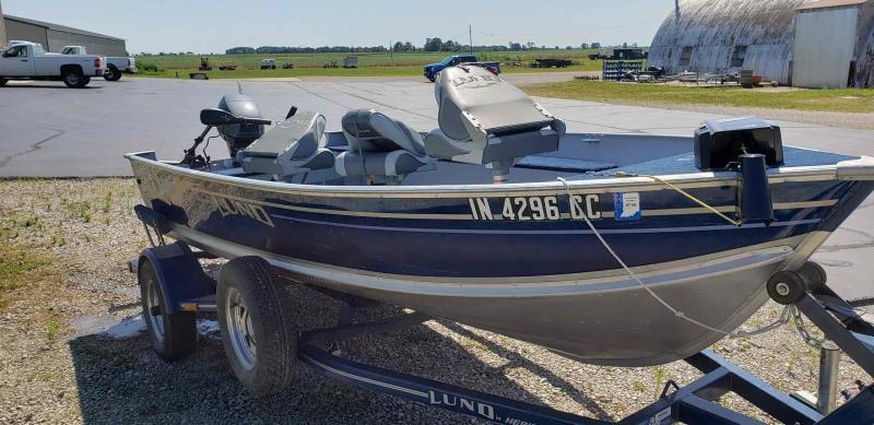 2004 Lund REBEL 1440V ADVENTURE Fishing Boat