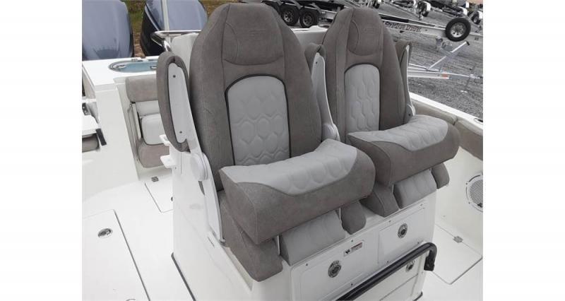 2022 Sea Fox 288 Commander