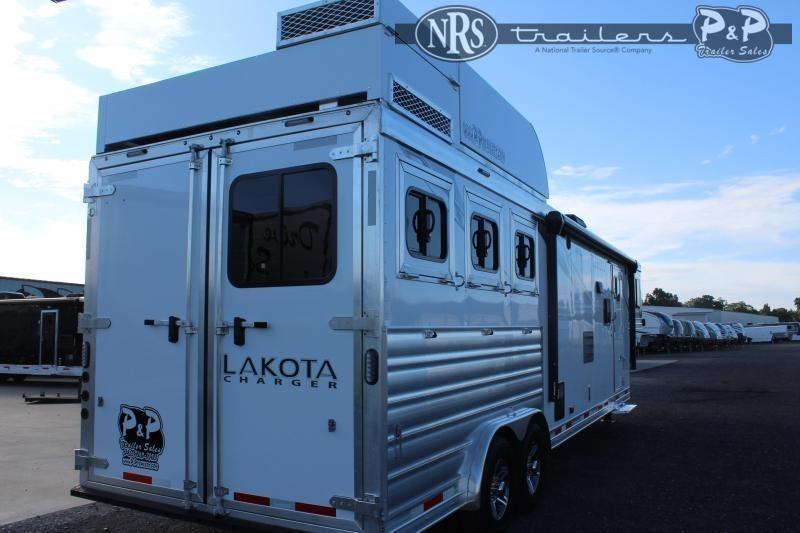 2022 Lakota charger c8313sr