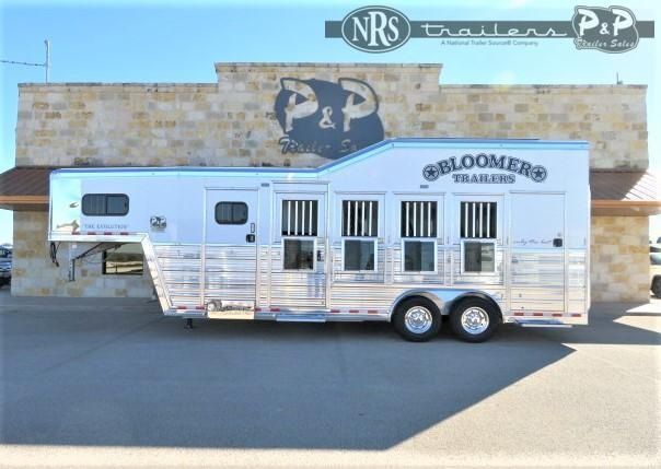 2021 Bloomer 84TRN Super Tack Trainer 4 Horse Slant Load Trailer w/ Ramps