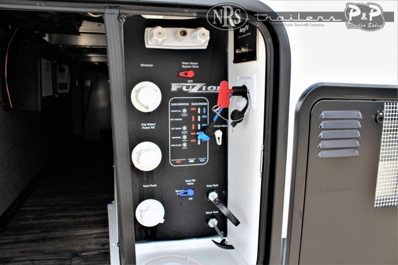 2021 Keystone RV Fuzion 419 44 ' Toy Hauler RV