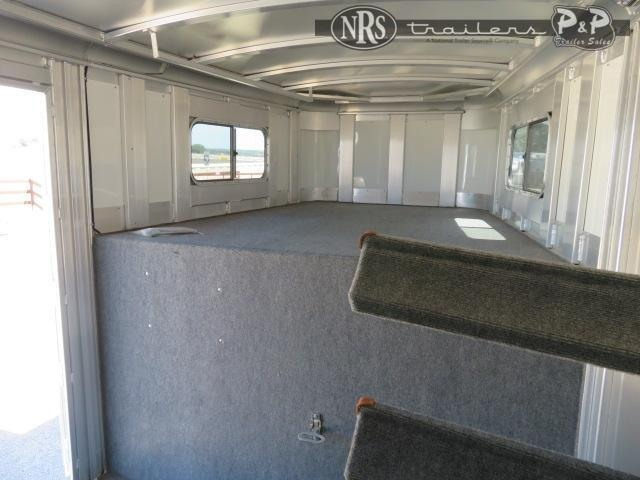 2019 Platinum Coach 74GN 4 Horse Slant Load Trailer