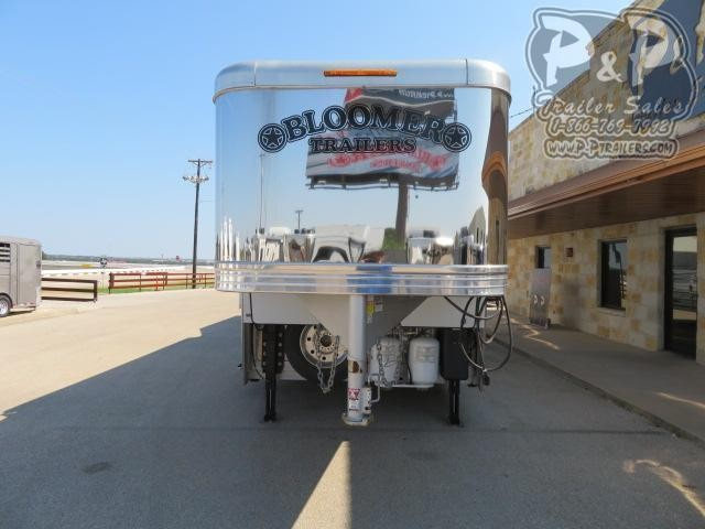 2019 Bloomer Outlaw Conversions PC Load 4 Horse Slant Load Trailer 17 FT LQ With Slides w/ Ramps