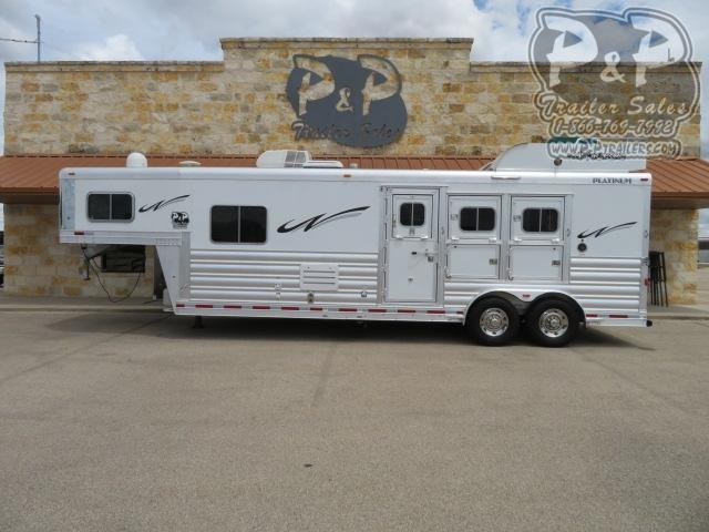 2018 Platinum Coach 3 Horse 3 Horse Slant Load Trailer 10'8 FT LQ