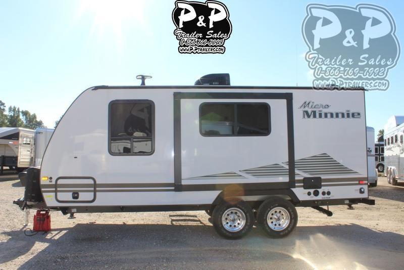 2020 Winnebago Micro Minnie 2108FBS 22.42 ft Travel Trailer RV