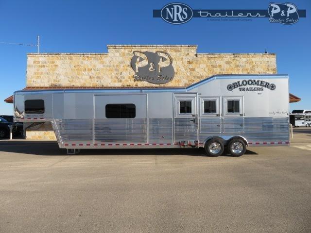 2021 Bloomer 8315PCOLSR 3 Horse Slant Load Trailer 15 FT LQ w/ Slideouts