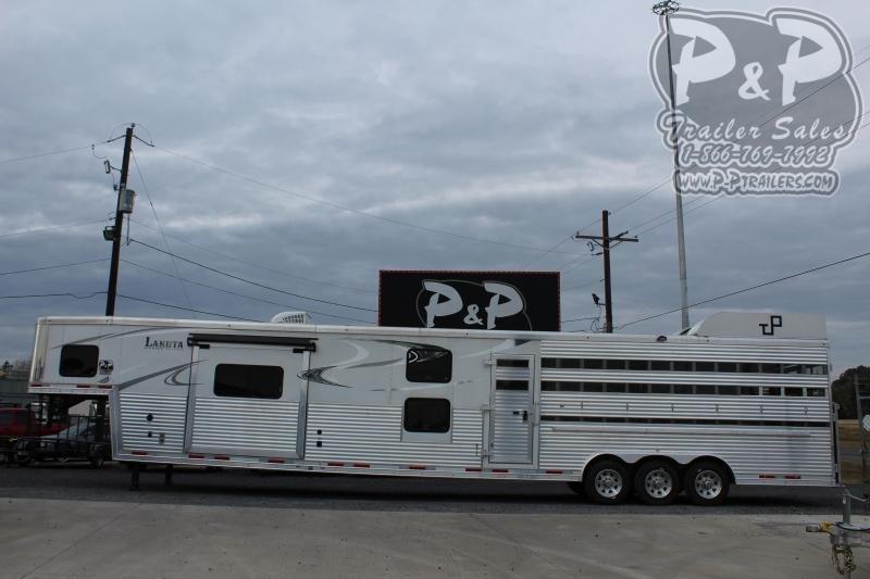 2018 Lakota BLE82011T 20 ft Livestock Trailer LQ